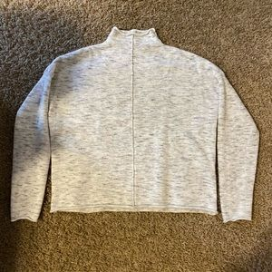 RD Style oatmeal sweater size S